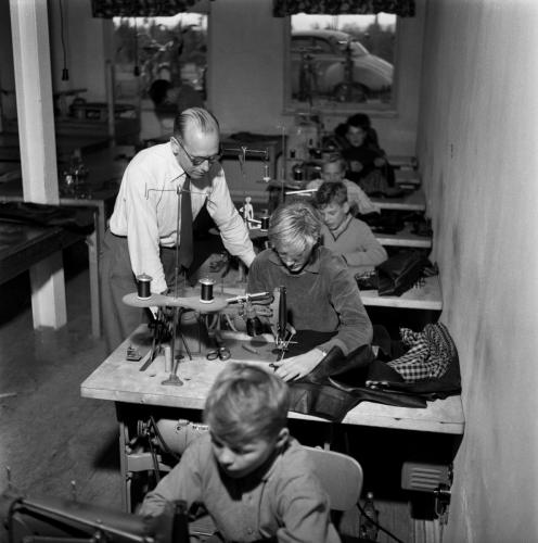 1959 sept Skinnskolan_02