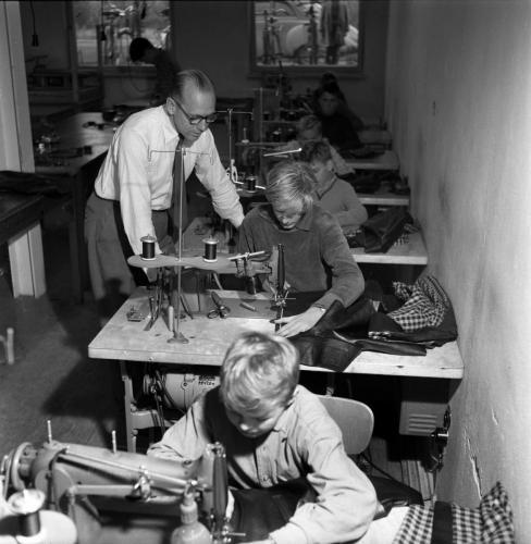 1959 sept Skinnskolan_01